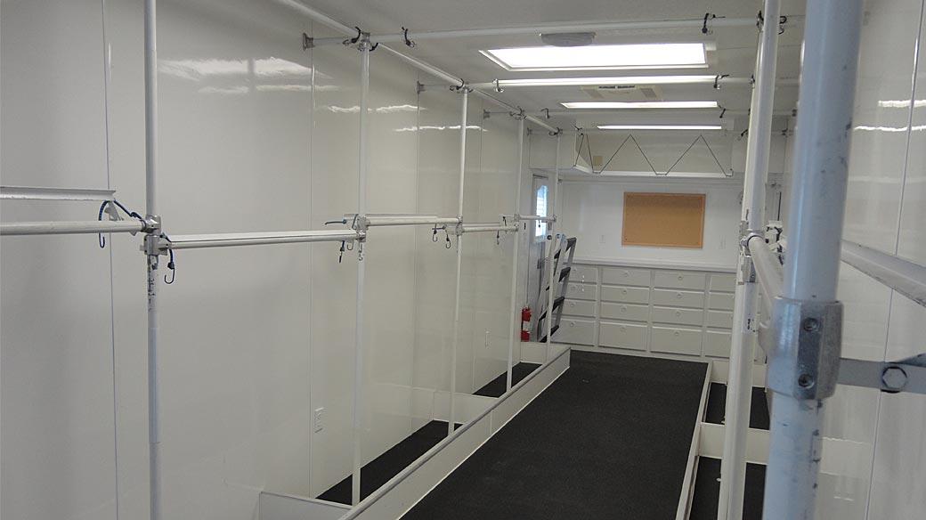 Wardrobe 40ft 5th Wheel [WC]